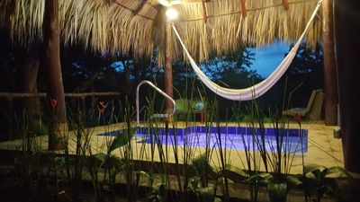 2km from town fully equipped 2B/2B with Outdoor Jacuzzi and shared pool