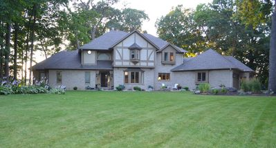 Front view of home from culdesac