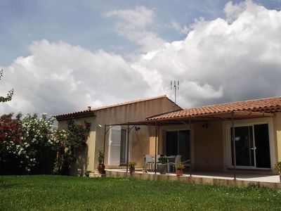 Photo for Nice house in Provence, garden and jacuzzi (mid June-mid September)