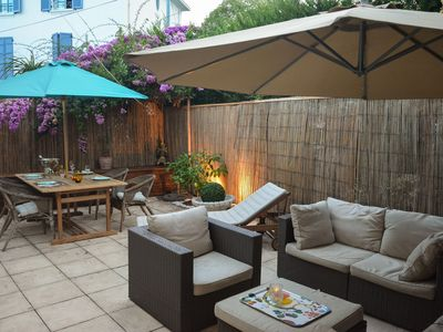 Photo for 70sqm apt with spacious sunny garden - Central location