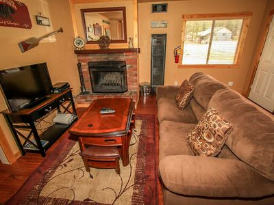 Photo for Country house 1.2 km from the center of Big Bear Lake with Parking, Internet (983520)