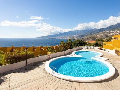 Photo for Beautiful duplex with pool, terrace and sea views