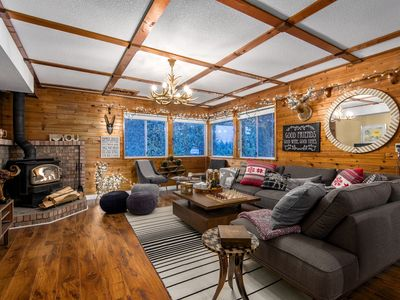 Photo for ❤️Cabin Style Retreat on 1 Acre❤️