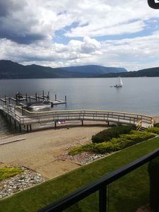 Photo for Waterfront w/ boatslip Shuswap Lk. Saratoga Resort