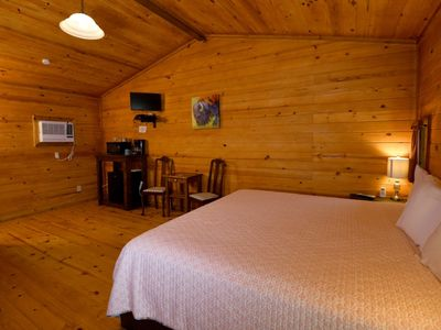 Photo for Cheerful cabin in a rural setting