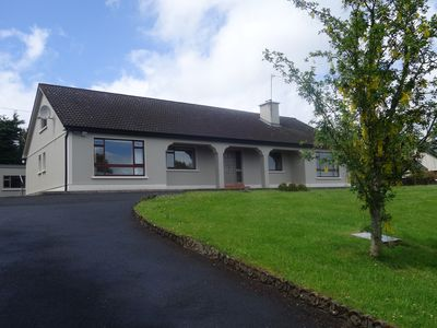 Photo for Newly refurbished 5 bedroom house, sleeps 10, 3 mins by car from Westport town