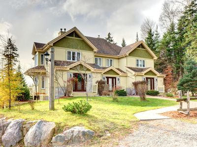 Photo for 4 bedroom - 3 bathroom 1800 sq ft townhome over 3 floors on La Bête golf course