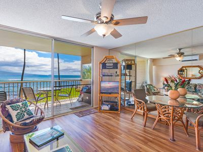 Photo for 5 STAR OCEANFRONT—FANTASTIC VIEW & AMENITIES—Newly Renovated Kitchen, Living Rm
