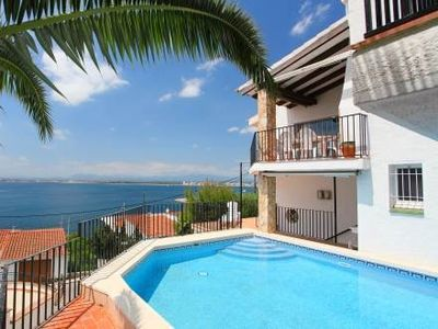 Photo for Costa Brava, Roses, villa 8 people 300 meters from the page and private pool