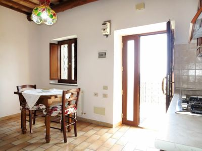 Photo for Beautiful apartment for 4 guests with WIFI, TV, balcony, pets allowed and parking