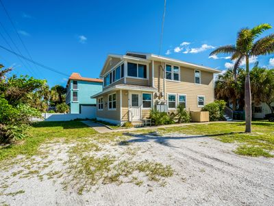 Photo for Gulf Coast Paradise ~ Bradenton Beach ~ Anna Maria Island  Unit A