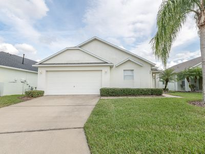 Photo for Gated Community. 4 bed 3 baths pool and Spa.  Easy access to I4