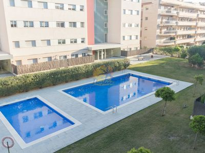 Photo for Modern apartment with pool and parking