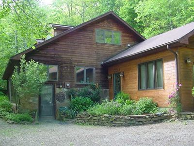 Casa del Sol in Hocking Hills, Ohio - One of our deluxe vacation homes