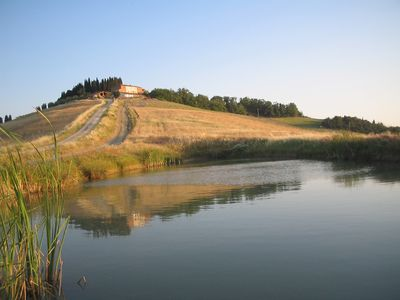 Photo for Welcome to the Crete Senesi, a stone's throw from Siena surrounded by nature