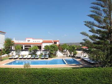 Search 361 holiday lettings