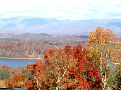 The most beautiful place to see the fall leaves!