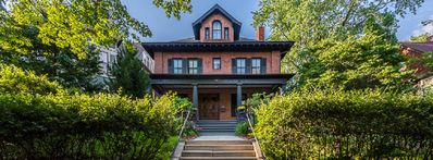 Photo for Historic District BnB of Saint Paul, Large Spacious, Centrally located