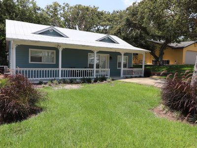 "Photo for ""Blue Haven""- Adorable 3bed/1 bath updated beach house close to beach and town!"