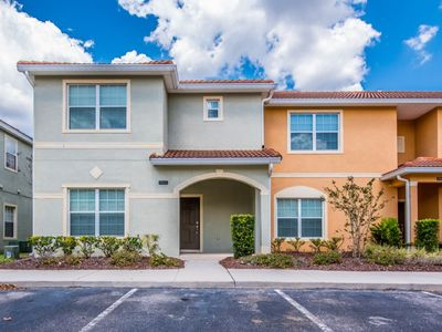 Photo for Beautiful 5 Bed Gated Pool Home At Paradise Palms From $195/nt!