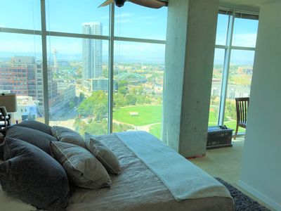 Master bedroom with king size bed. Views to the west and south of mountains/park