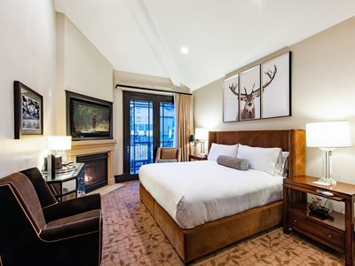 Photo for Canyons Village at a High End Hotel w/1 King Bed, gas fireplace, and vaulted ceilings - By PADZU