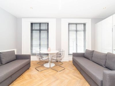 Photo for Pml Apartments: Southwick Street Flat 3