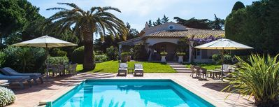vacation holiday large villa rental france, Riviera, st. tropez, provence, pool, wi-fi, internet, air conditioning, pian