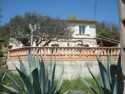 Photo for Charming country house in the Provencal countryside among vineyards and olive trees