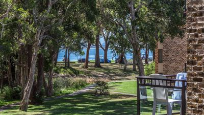 Photo for Bay Parklands, 45/2 Gowrie Ave - pool, tennis court, spa & across the road to the beach