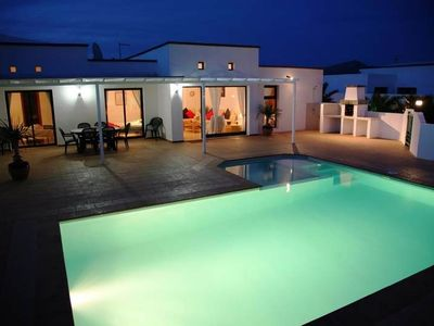 Photo for Beautiful villa in a central location, easy walking distance to beach