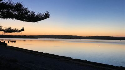 Photo for Tall Pines Beach House at Dutton Bay. Coffin Bay waterways