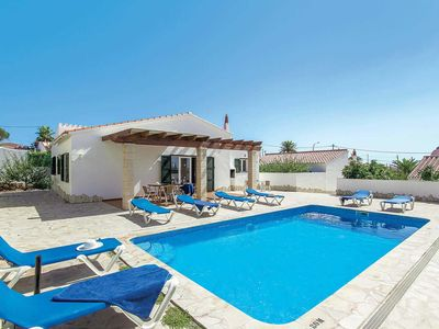 Photo for Ideal Villa w/pool & BBQ, 15 minutes walk from Cala en Porter centre!