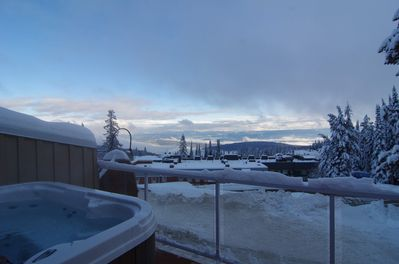 Stunning views of the Monashees from the deck and private hot tub!