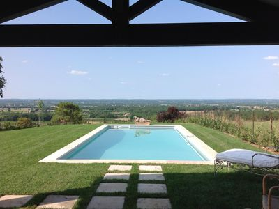 Photo for Muscadelle charming cottage close to Bergerac & its airport. Valley view