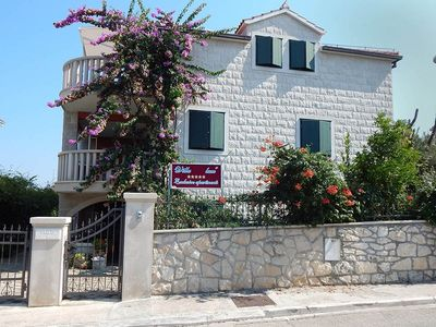 Photo for Apartment in Supetar with Seaview, Terrace, Air condition, WIFI (4865-1)