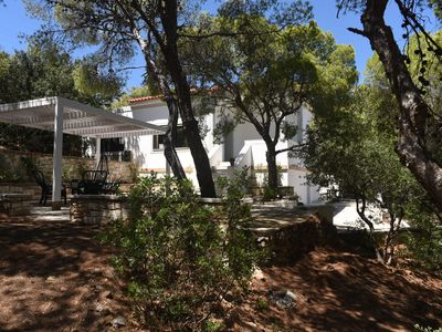 Photo for Villa Melitti, is cited only 1 hour drive from the center of Athens.