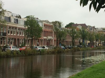 Photo for Lovely renovated spacious apartment in 19th century villa, with canal view