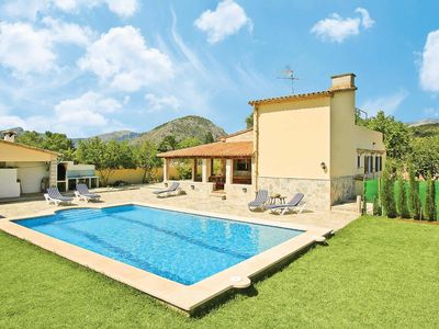 Photo for Traditional country villa w/ modern fittings, large pool, outdoor dining area + garden