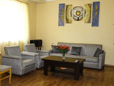 Photo for Central aprt. with fireplace 4 room