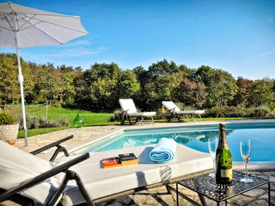Photo for This 4-bedroom villa for up to 10 guests is located in Groznjan and has a private swimming pool, air