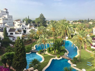 Photo for Costa Del Sol. Puerto Banus. 2 terraces for all day sun. Stunning views & pool