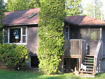 Photo for Stay at this cozy cottage perfect for couples!