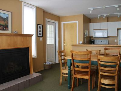 Photo for On-mountain condo with kitchen, access to outdoor pool, hot tubs & BBQ, 5min walk to ski lifts: T227