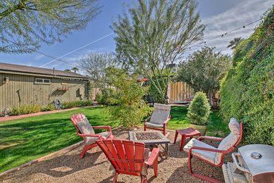 A romantic Phoenix retreat in a historic neighborhood awaits up to 4 guests at this charming vacation rental home!