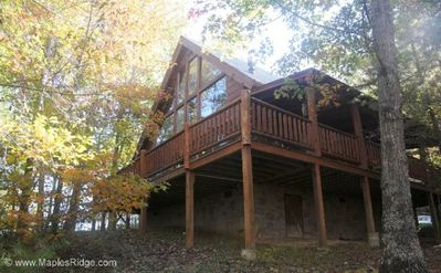 Come Visit the Peaceful Mountains! Hot tub, Rocking chairs, Arcade game, pool table, Covered Porch