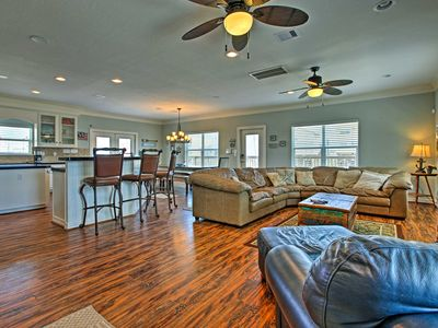 Photo for NEW! 'Sandcastle' Surfside Beach Home, Walk to Sea