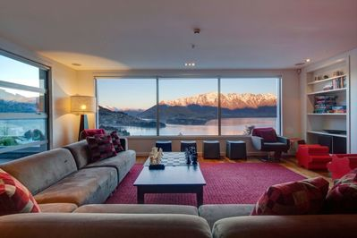 Views of the iconic Remarkables Mountain Range