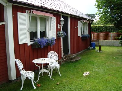 Photo for Red cozy cottage near beach, Wifi, German channels, near Krapperupsslott
