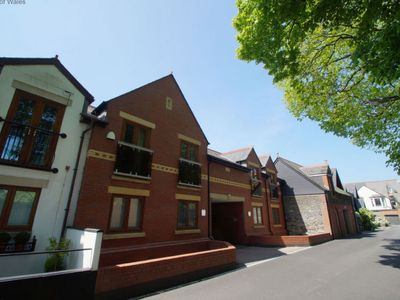 Photo for Vacation home Sophia Walk in Cardiff - 8 persons, 3 bedrooms